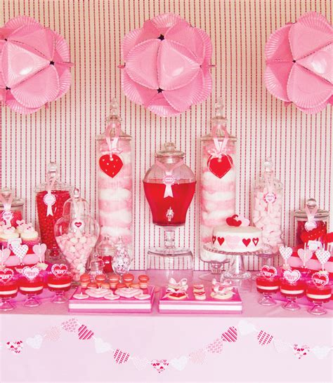 Valentine's Day Party Decoration DIY