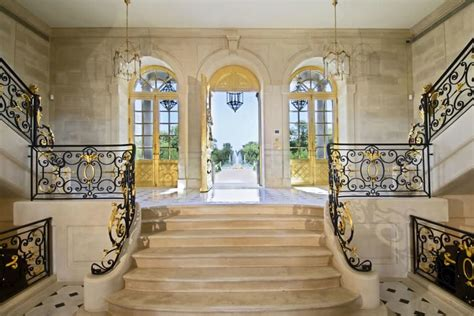 chateau louis xiv   worlds  expensive home