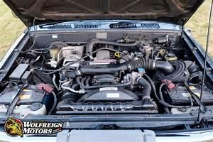 Jdm 1992 Toyota Hilux Surf Ssr 4wd 2l