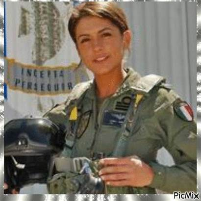 Femme Militaire Picmix