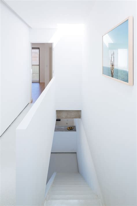 2 Pisos De Bancos En Sencilla Casa De Dos Pisos Con Planos Y Diseño De