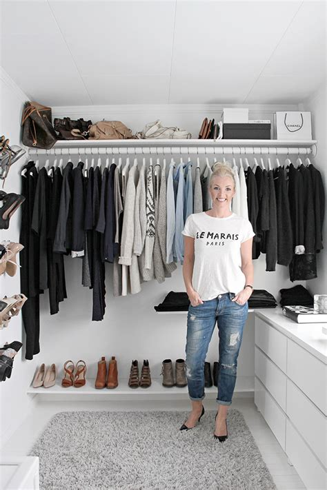 Walk In Closet Ideas On A Budget by Walk In Closet Stylizimo