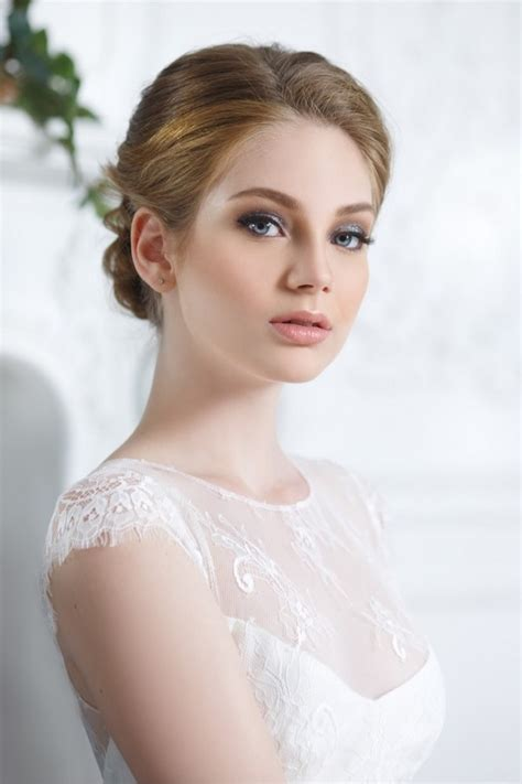 perfect wedding makeup simple rules tips  ideas