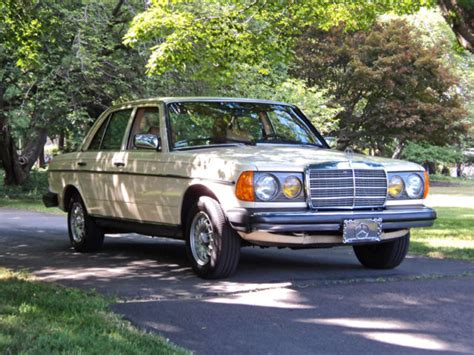 S p o n s o r e d. 1983 Mercedes-Benz 300D Turbo Diesel 4-Door Sedan