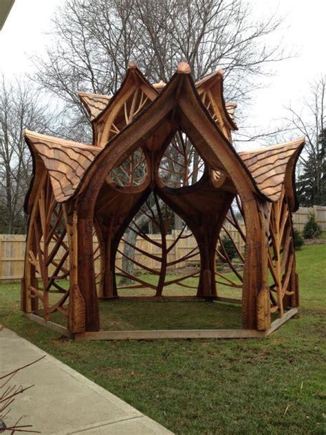 builds  bizarre diy creation   backyard
