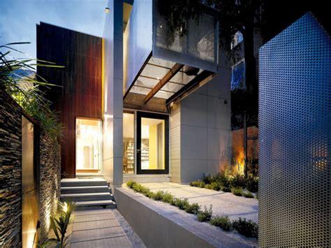 delightful architectural house designs casa con patios interiores en australia
