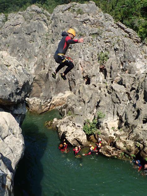 canyon du diable dans les gorges de lherault entrenature