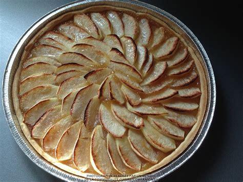 cuisine tarte aux pommes tarte aux pommes valérie cuisine recette cuisine companion
