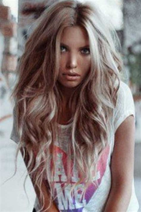 25 Haircuts for Long Wavy Hair   Long Hairstyles 2016   2017