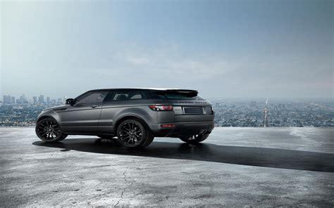 2018 Land Rover Range Rover Evoque Victoria Beckham Images