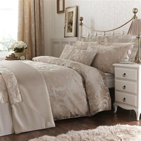 gold freya bedlinen collection pinittowinit luxurious