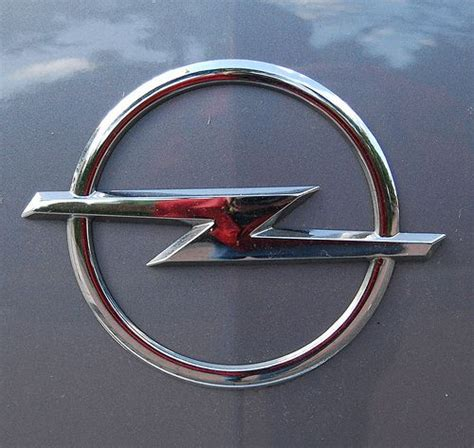 Opel Car Company by Quot Car Logo Quot Opel Veiculos Opel Cars Car Logos E