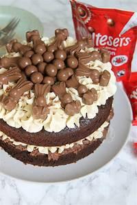 Malteser Cake - Jane's Patisserie  Cake