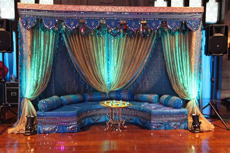 having unique wedding with indian wedding decoration ideas