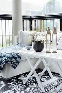 1001 idee deco terrasse pour votre espace exterieur With tapis champ de fleurs avec canape jardin rotin