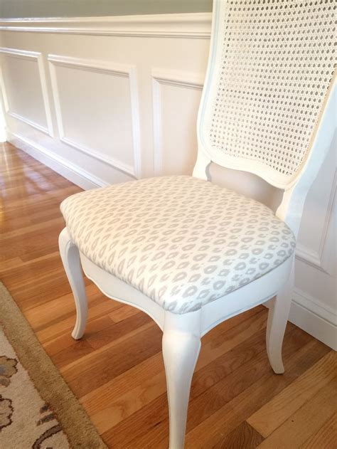 How To Reupholster A Chair by 1000 Ideas About Reupholster Dining Chair On
