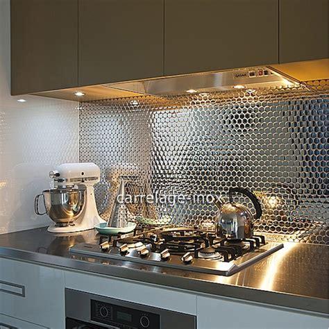 mosaique cuisine crédence cuisine inox miroir mosaique salle de bain