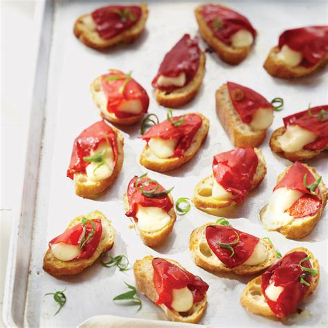 finger food piquillo pepper and cheese toasts