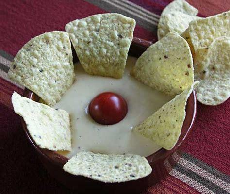 nacho cheese dip k 195 164 sesauce f 195 188 r nachos usa kulinarisch