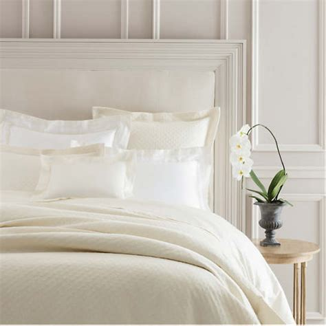 Ivory Matelasse Coverlet by Lazio Ivory Matelass 233 Coverlet Luxe