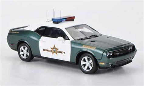 Polizei Stoppt Dodge Challenger by Dodge Challenger 2009 Miniature R T Broward County Sheriff