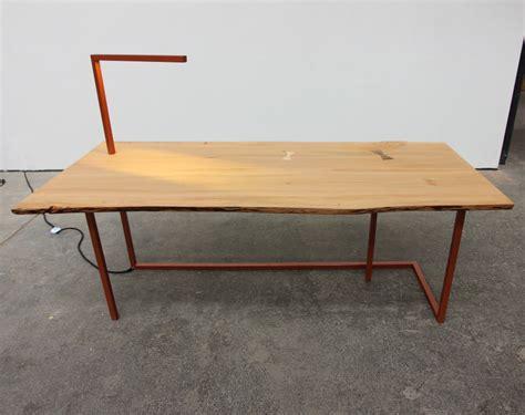 chaise bureau big chief bureau et chaise par tamim daoudi et epi studio