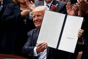 Trump signs religious executive order on National Day of ...