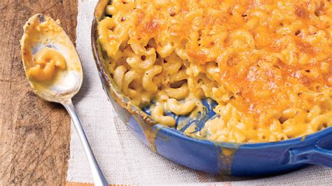 how to melt cheese for mac and cheese baked macaroni and cheese recipes southern living