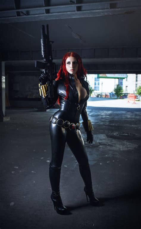 Black Widow Cosplay Is The Perfect Spy
