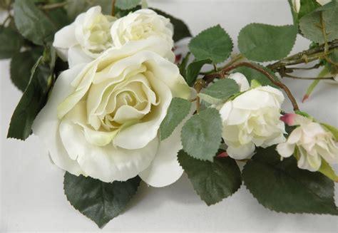 Rose Garlands White 6 Foot Silk Garland