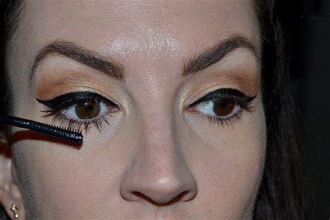 thoughts  covergirls  super sizer mascara
