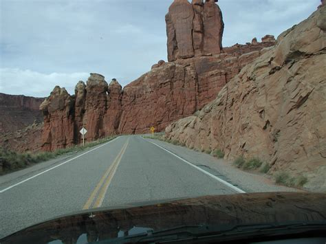 Arches National Park Photo Gallery Page 2 View From The Road