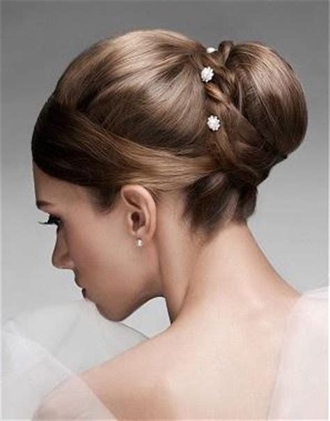 hair up styles bun top 10 wedding hairstyles paperblog 4646