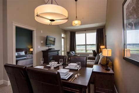 hotels  courtenay vancouver island stay