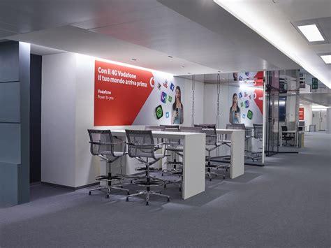 Sede Vodafone Italia Vodafone La Sede Legale Torna In Italia Ecco Vodafone