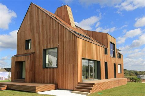 Passive House : Beginners' Guide To Building A Low-energy Home Series