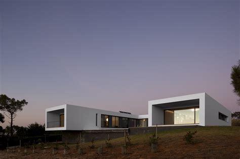 U Home Design Review : Casa Moderna Pe Deal