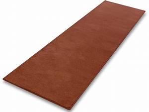 Teppich Läufer Rot : teppich l ufer rot auf mass hergestellt in deutschland ~ Frokenaadalensverden.com Haus und Dekorationen
