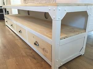 Meuble Bois Et Acier : meuble tv acier blanc et bois 4 tiroirs un grand march ~ Teatrodelosmanantiales.com Idées de Décoration