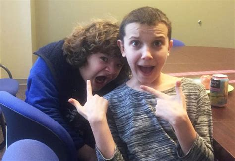 17 stranger things behind the scenes photos that prove this cast is the tightest hellogiggles