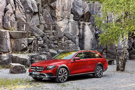 We analyze millions of used cars daily. MERCEDES BENZ E-Class T-Modell All-Terrain (S213) specs & photos - 2017, 2018, 2019, 2020 ...