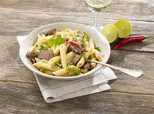 Schnelles Abendessen Für Gäste : nudelpfanne mit rehr cken und spitzkohl wild auf wild ~ Markanthonyermac.com Haus und Dekorationen