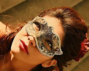 Black Gold Anonymous Venetian Masquerade Ball Party Event ...
