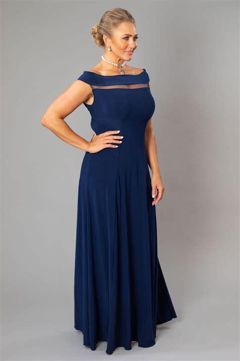 navy blue  classic  elegant   mother