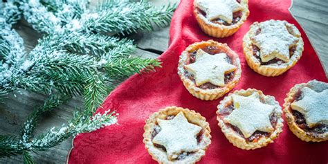 When it comes to christmas dinner we've all got our favourites, and according to a recent survey conducted by asda, some foods are much more preferred than others. Christmas Food Traditions Around The World - Traditional ...