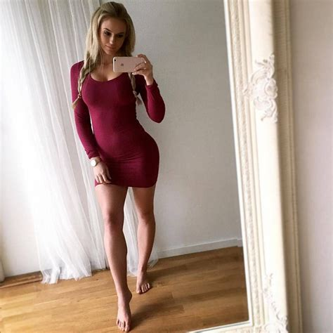 35 Amateur Sexy Girls In Tight Dresses And Skirt The Fappening Leaked Nude Celebs