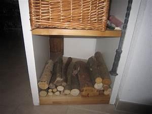 Regal Für Holz : regal f r kaminholz holz turm aufbewahrung f r holz in hirschaid regale kaufen und verkaufen ~ Eleganceandgraceweddings.com Haus und Dekorationen