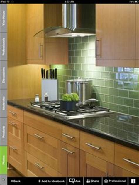 green glass kitchen tiles 1000 images about glass tile backsplash on 3988