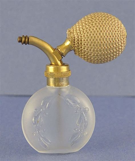 perfume bottle with holly 24337 best bottles images on vintage perfume bottles perfume bottles and antique