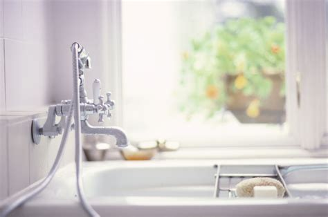standard bathtub sizes reference guide  common tubs